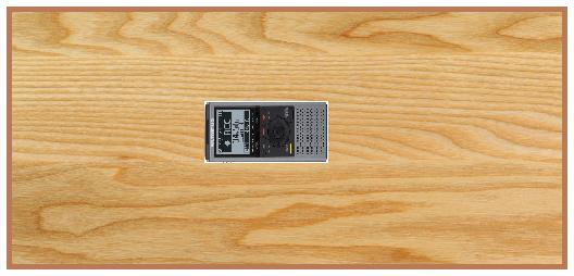 dictaphone placé au centre d'une table
